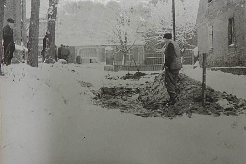 Ostatnia ekshumacja z 1969 r. /IPN Po 835/1 /Odkrywca