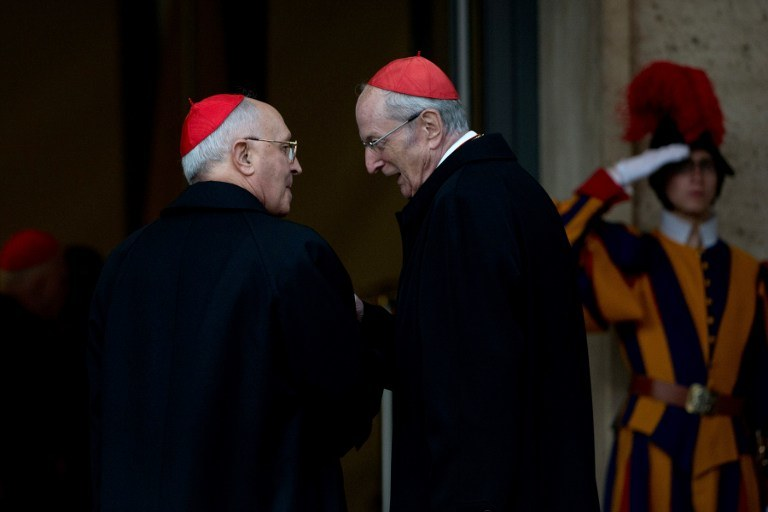 Ostatnia kongregacja kardynałów przed jutrzejszym konklawe /AFP