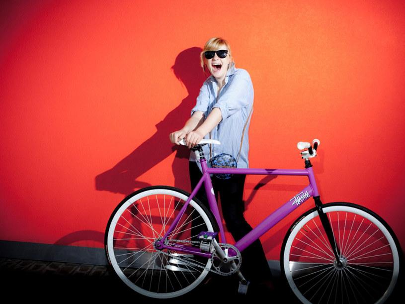 Ostre koło to nie tylko rower - to także styl życia i cała estetyka, bazująca na jednej zasadzie - brak jakichkolwiek zasad. Taki rower to dzieło wyobraźni użytkownika, który sam decyduje o tym, czy chce mieć styl funky, klasyczny czy old schoolowy /Aphalt Bikes /materiały prasowe