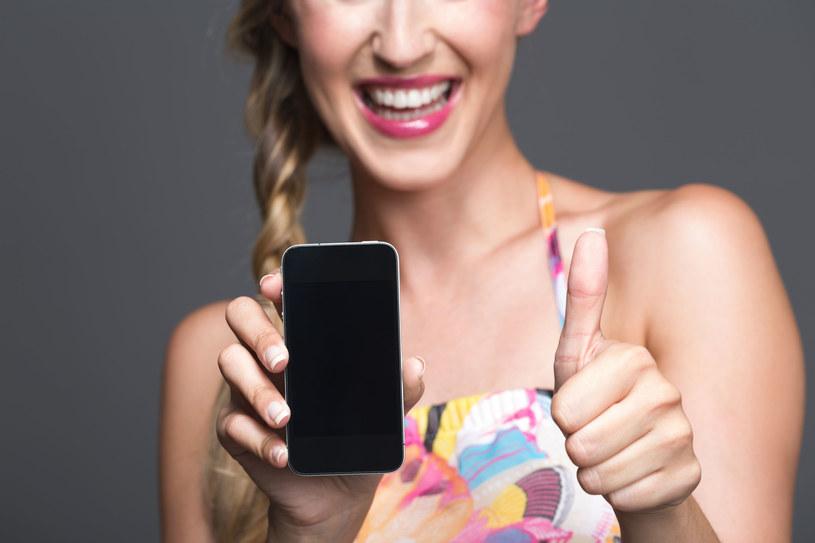 """Oto lista 10 najlepszych smartfonów 2013 roku. To wy zdecydowaliście, który z nich jest tym """"najlepszym z najlepszych"""" /123RF/PICSEL"""