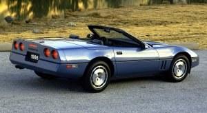 Otwarta wersja Corvette C4 dołączyła do coupe w 1986 roku. /Chevrolet
