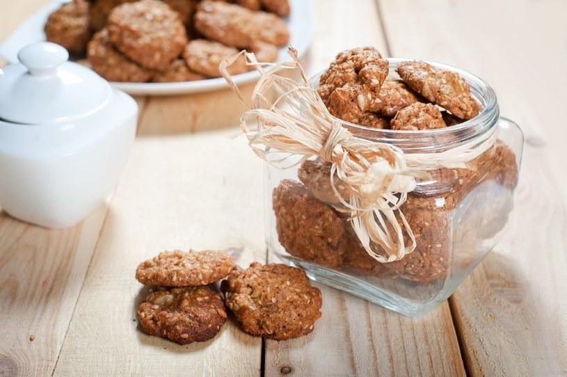 Owsiane ciasteczka o smaku czekoladowym /©123RF/PICSEL