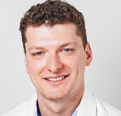 audiolog i neurobiolog. Specjalista warszawskiego Centrum Nowoczesnej Audiologii Kinetic.