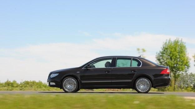 Pakiet Laurin & Klement obejmuje dodatki zmieniające wygląd i zwiększające komfort, m.in. alufelgi oraz nawigację. /Motor