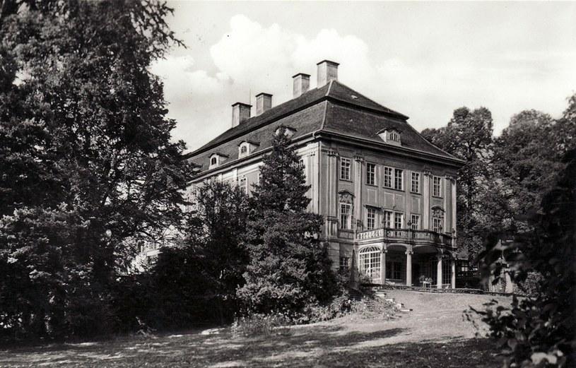 Pałac Biedrzychowice w okresie II wojny światowej /Odkrywca