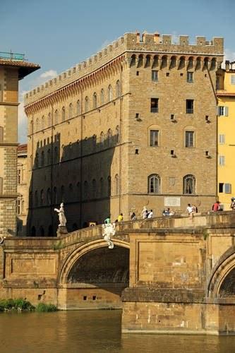 Palazzo Spini Ferroni - siedziba firmy /East News