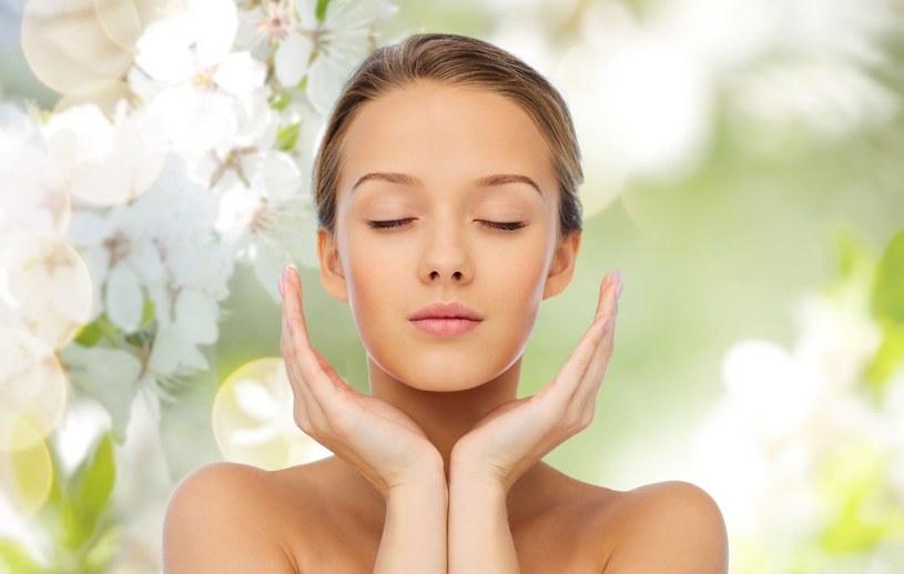 Pamiętaj, by dobrać kosmetyki odpowiednie dla twojej skóry /©123RF/PICSEL
