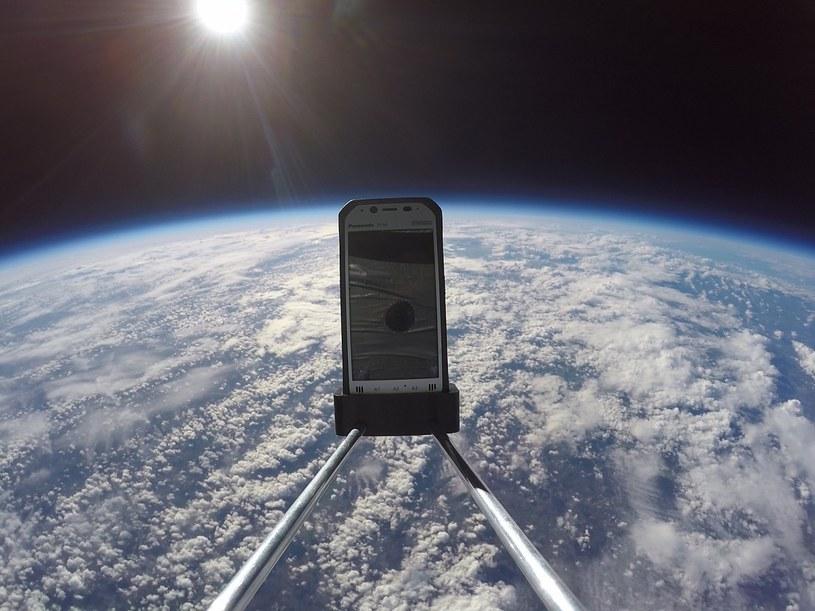 Panasonic Toughpad FZ-N1 podczas testów w stratosferze /materiały prasowe