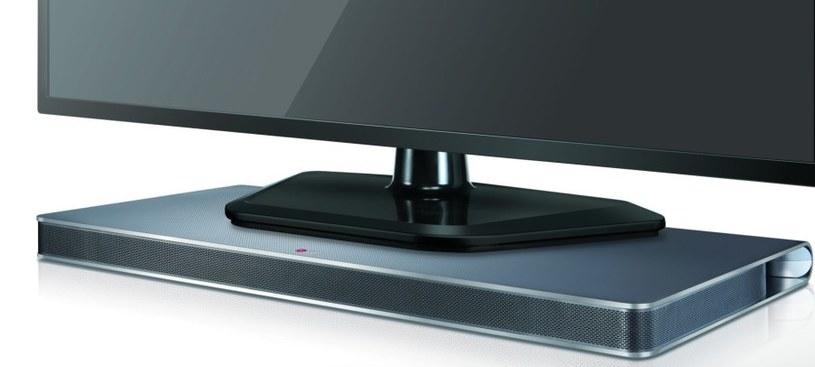 Panel dźwiękowy od LG jest dostępny na rynku w kolorze czarnym (LAP340) i srebrnym (LAP341) /materiały prasowe