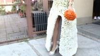 Panna młoda w sukni z 3 tysięcy kwiatów!