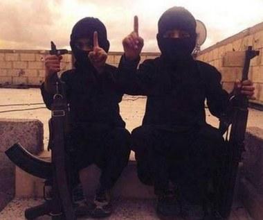 Państwo Islamskie wykorzystuje dzieci jako żywe tarcze