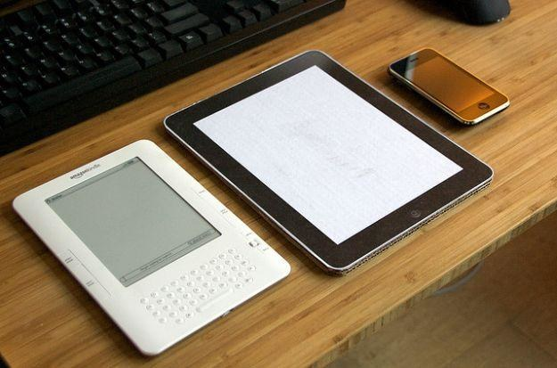 Papierowy iPad - podarunek dla zmarłych /gizmodo.pl