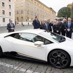 Papież dostał luksusowy samochód. Już wiadomo, co z nim zrobi
