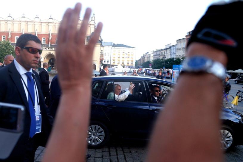 Papież Franciszek na Rynku Głównym w Krakowie /Andrzej Grygiel /PAP