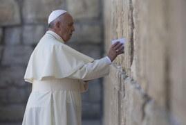 Papież Franciszek pod Ścianą Płaczu