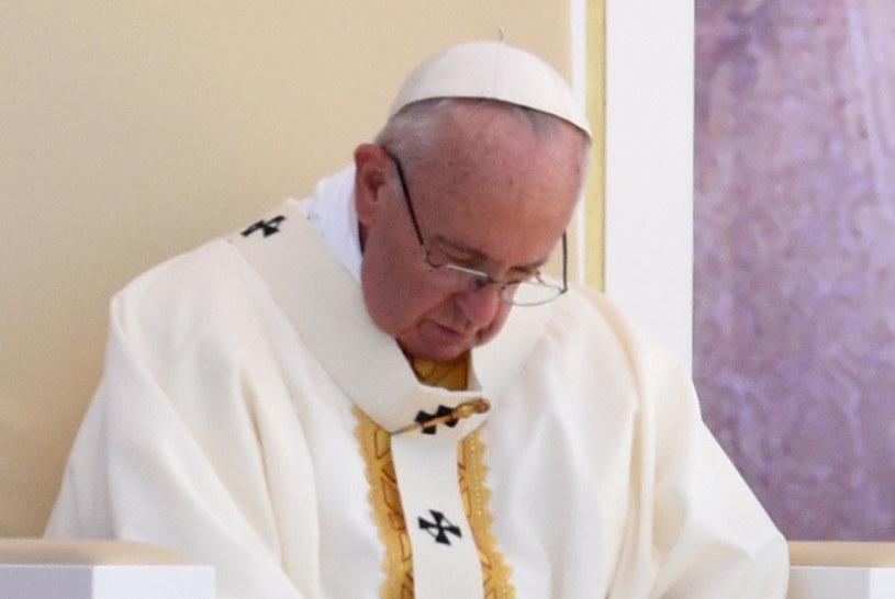 Papież Franciszek podczas Mszy Świętej Posłania na terenie Campusu Misericordiae w Brzegach /Jacek Turczyk /PAP