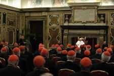 Papież Franciszek znów zaskakuje. Nie ma sekretarza