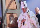 Papież odprawił mszę w Tbilisi, delegacja patriarchatu nie przybyła