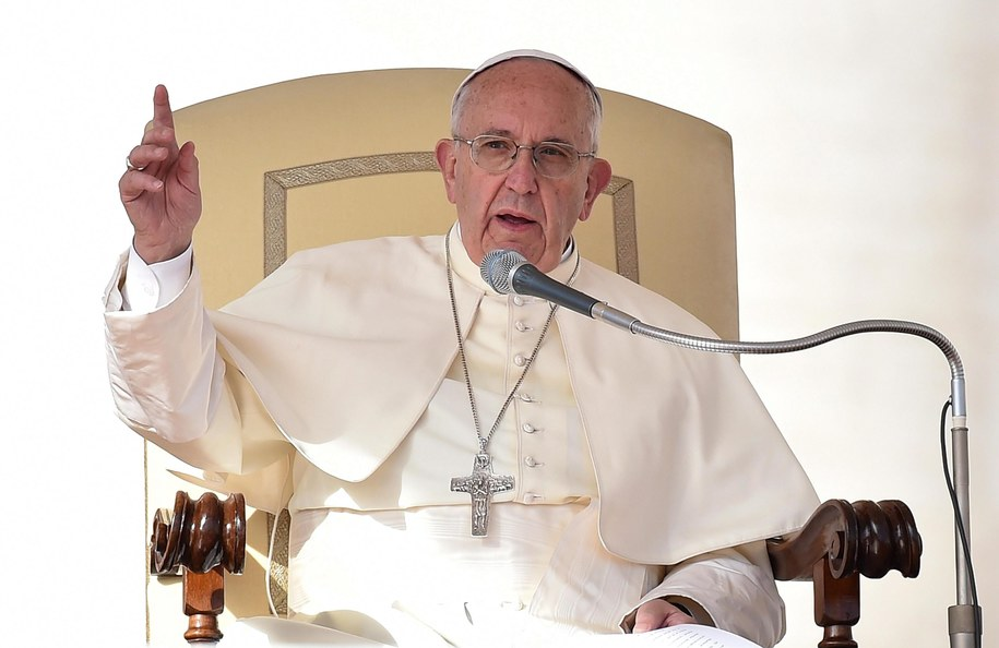 Papież przyjął kardynała, który zeznawał w sprawie pedofilii /ETTORE FERRARI /PAP/EPA