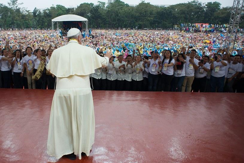 Papież spędził w Azji 7 dni /AFP