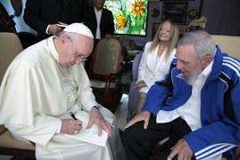 Papież spotkał się z Fidelem Castro