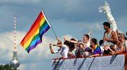 Para gejów adoptowała dziecko. To pierwszy taki przypadek w Niemczech