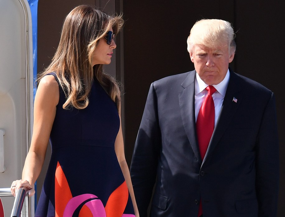 Para prezydencka dotarła do Hamburga, gdzie odbędzie się szczyt G20. /LUKAS BARTH /PAP/EPA