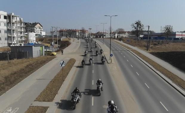 Parada motocykli, czyli nowy sezon czas zacząć. Zobacz nagranie z drona