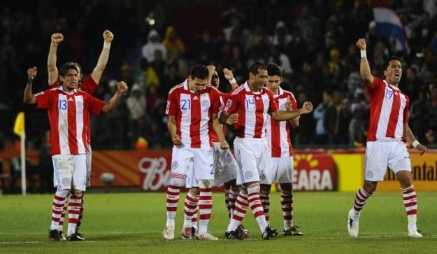 Paragwaj będzie rywalizował w ćwierćfinale /AFP