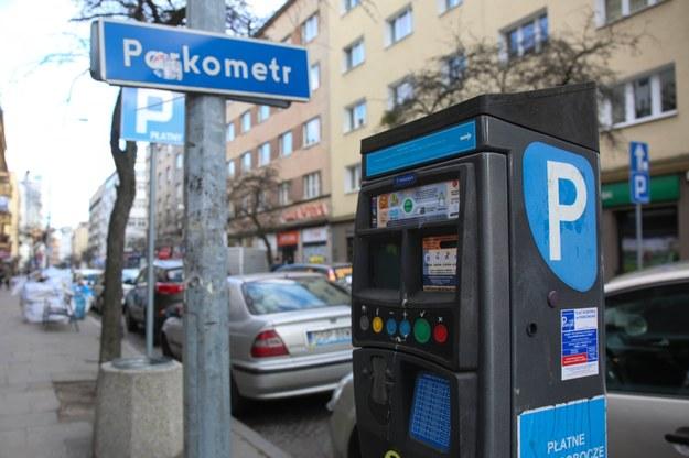 Parkometry to świetny interes. Możliwe, że niedługo będzie on jeszcze bardziej intratny /Piotr Hukalo /East News