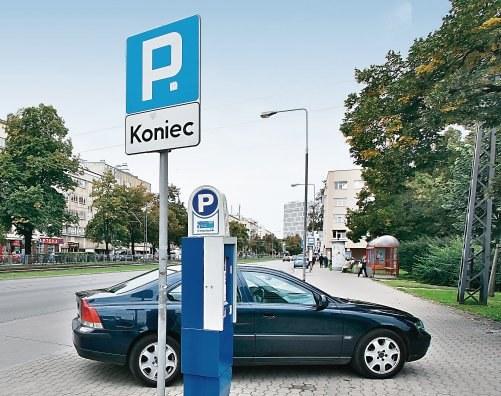 Parkowanie poza płatnym parkingiem /Motor