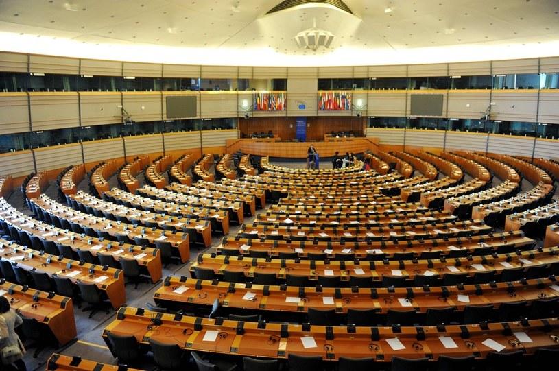 Parlament Europejski, sala obrad/ fot Tomasz Gawalkiewicz /Reporter