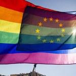Parlament Europejski wywiesi tęczową flagę. PiS protestuje