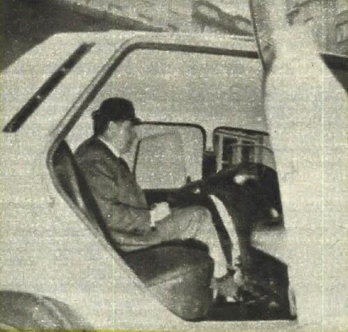 Pasażer o wzroście nieco ponad 1,80 m mieści się jeszcze za siedzeniem kierowcy odsuniętym całkowicie do tyłu, z oparciem siedzenia ustawionym (bezstopniowo!) w dość pochylonej pozycji. /Motor