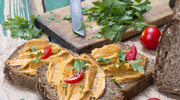 Pasta do chleba z pomidorami