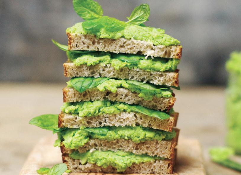 Pasta z zielonego groszku /Picsel /©123RF/PICSEL