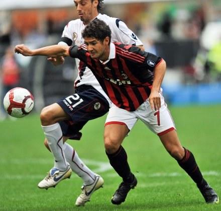 Pato przedłużył umowę z Milanem /AFP