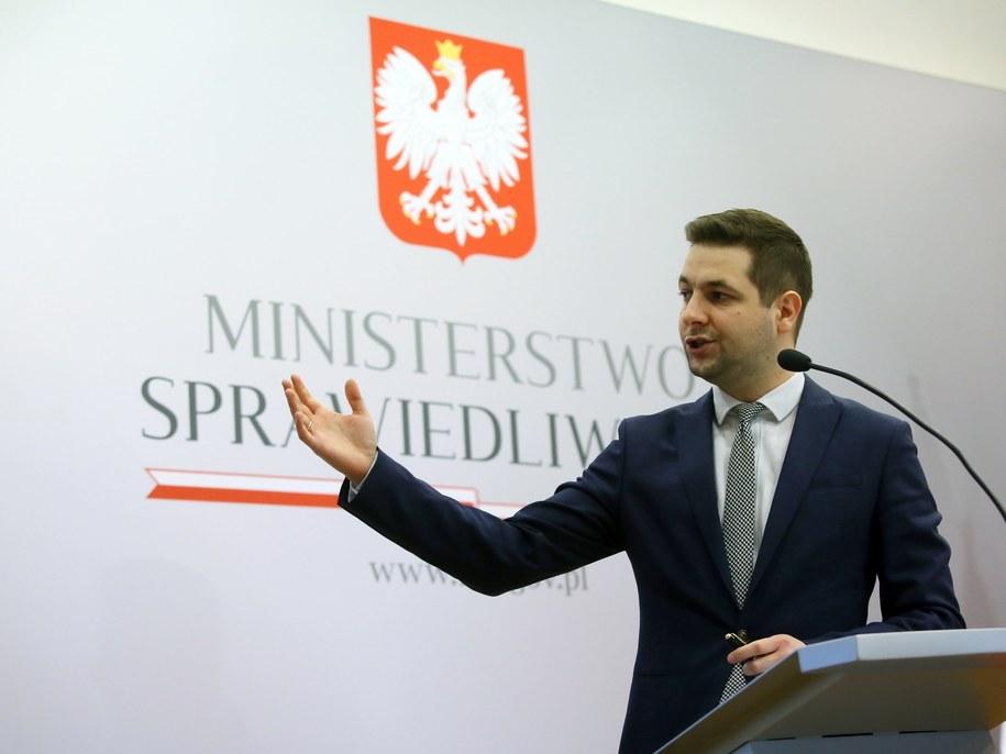 Patryk Jaki /PAP/Tomasz Gzell /PAP