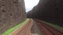 Patrzysz na pociąg. A potem widzisz to...