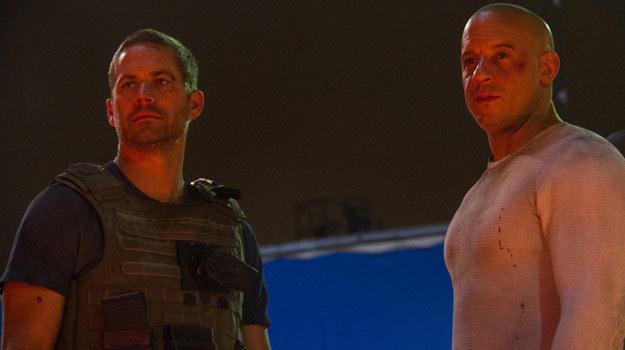 """Paul Walker i Vin Diesel w """"Szybkich i wściekłych 7"""". /materiały dystrybutora"""