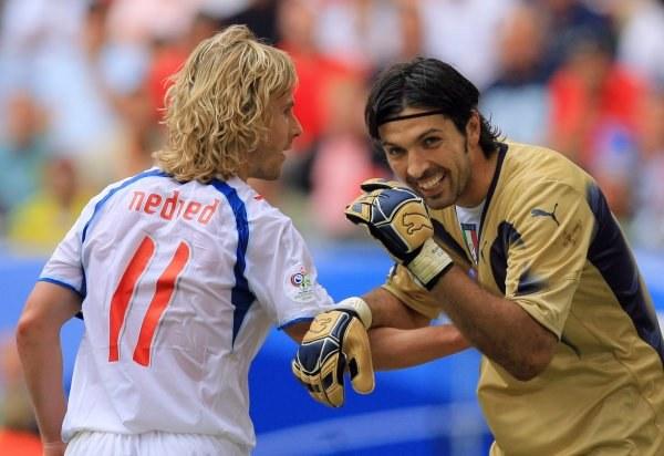 Pavel Nedved i Gianluigi Buffon /AFP