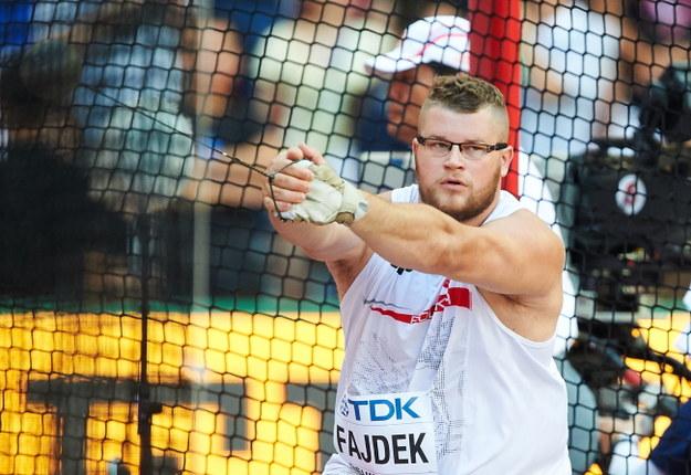 Paweł Fajdek bez problemów awansował do finału rzutu młotem /Adam Warżawa /PAP