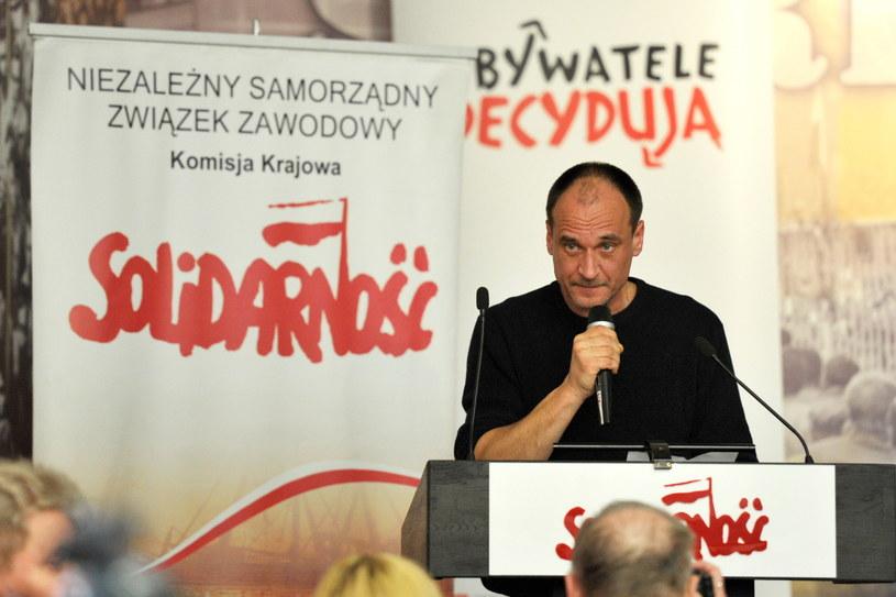 Paweł Kukiz przemawia w czasie spotkania /Adam Warżawa /PAP