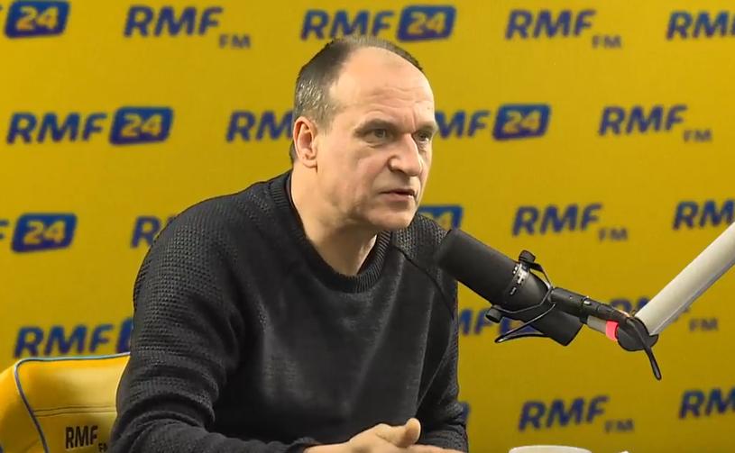 Paweł Kukiz w RMF FM: Jest mi wstyd przed ludźmi za to, co dzieje się w Sejmie, za to ich przepraszam /RMF