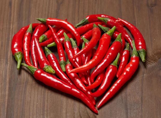Peperoncino jest uważana za afrodyzjak /123RF/PICSEL