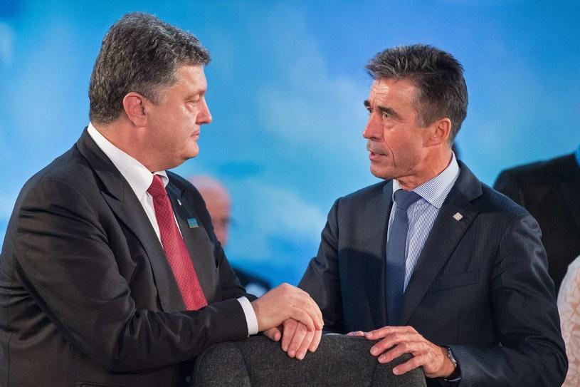 Petro Poroszenko i Anders Fogh Rasmussen /AFP