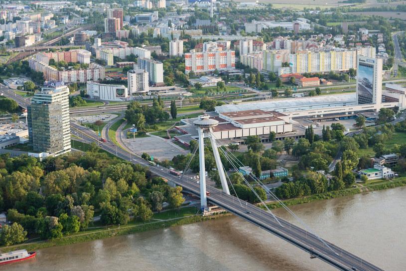 Petrzalka to największe blokowisko w Europie /123RF/PICSEL