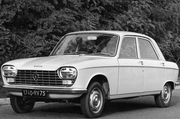 Peugeot 204 /