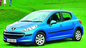 Peugeot 207 1.6 VTi: w silnikach pojawiały się problemy z napinaczem. /Motor