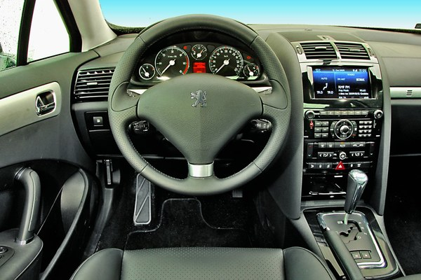 peugeot 407 coupe 3 0 hdi sport zdj 4 testy i opinie o samochodach. Black Bedroom Furniture Sets. Home Design Ideas
